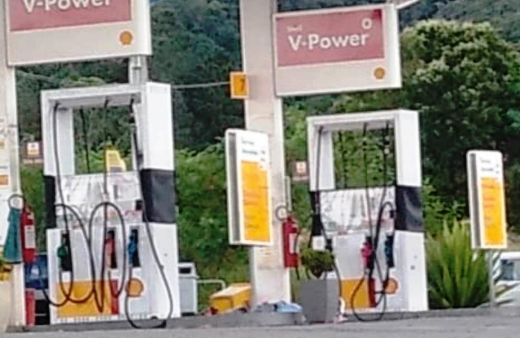Homem é morto em posto de combustíveis em Penedo - Polícia - Foco Regional